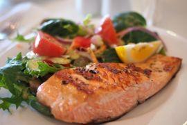 dish,meal,food,salad,produce,plate